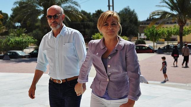 Así es Javier de Udaeta, el marido de Elena Valenciano