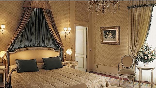 Los 15 hoteles m s lujosos de madrid - Salones lujosos ...