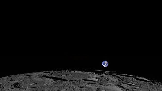 La Tierra «sale» de la Luna, en una foto espectacular