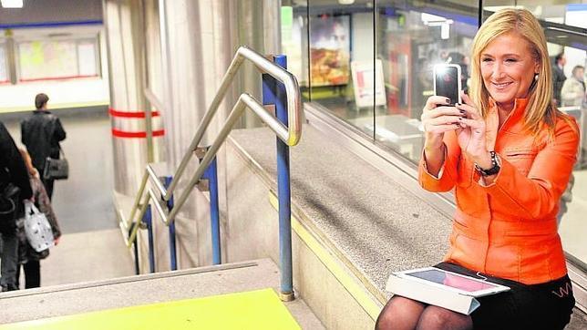 Acosar a los cargos públicos en las redes ya no sale gratis