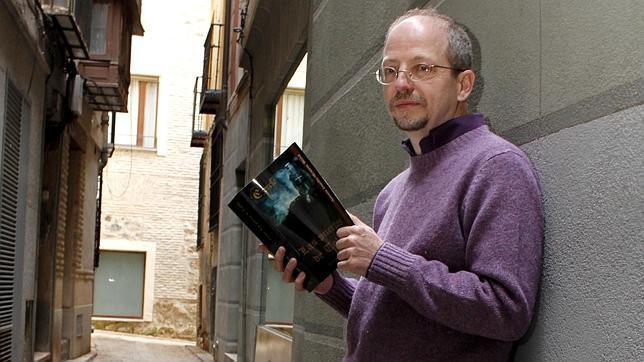 El escritor Antonio Castillo-Olivares, autor de «Las puertas de Toledo»