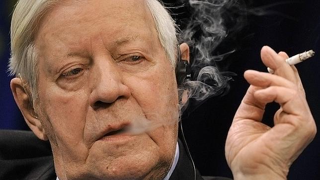 El ex Canciller Helmut Schmidt alerta sobre una posible Tercera Guerra Mundial