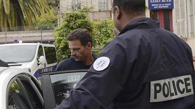 Jérôme Kerviel se ha entregado ante la amenaza de la Fiscalía gala de emitir una orden de busca y captura