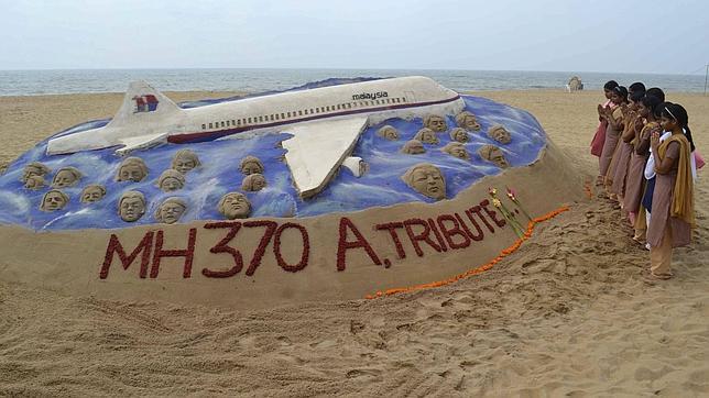El avión MH370 de Malaysia Airlines pudo ser derribado por EE.UU. y Tailandia en unos ejercicios