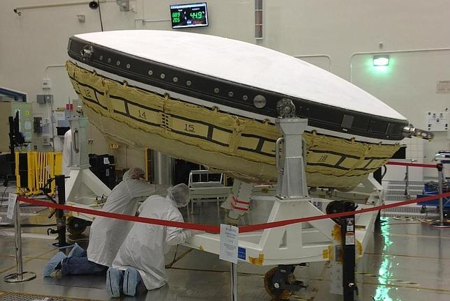 La NASA prepara un «platillo volante» para aterrizar en Marte
