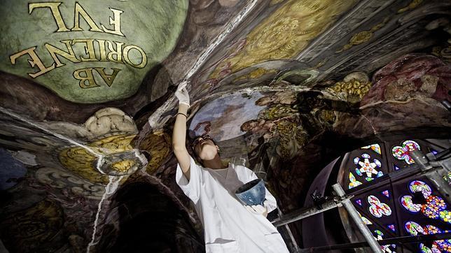 Imagen de los trabajos de restauración de los frescos de San Nicolás