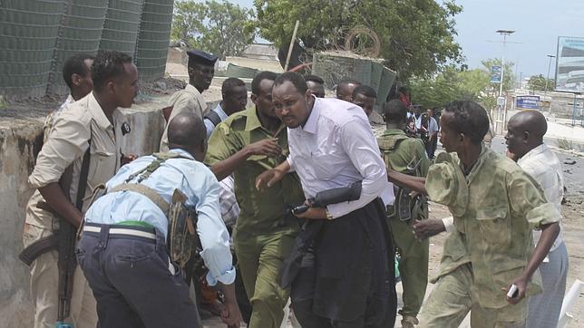 Un grupo armado asalta a tiros el Parlamento de Somalia