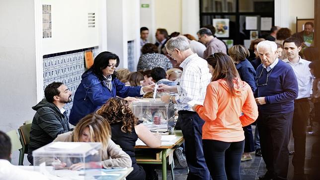 Elecciones europeas: cierra el último colegio en una jornada sin incidencias graves