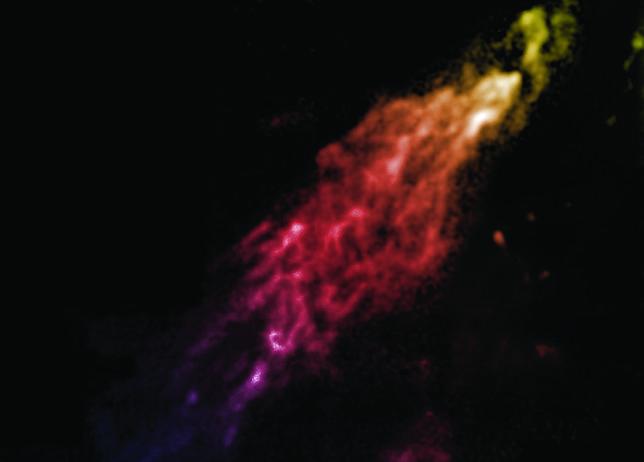 Una nube «acorazada» con materia oscura se dirige hacia nosotros a toda velocidad