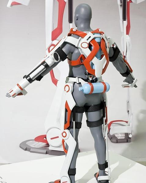 Un poco de Mantenimiento [Mark Heiss] AFA-exoesqueleto-bombero--478x600