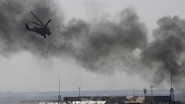 Poroshenko estrena presidencia llevando la guerra a Donetsk