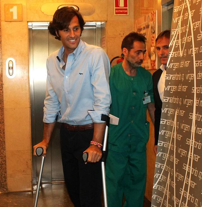 David Mora abandona el hospital: «Gracias a los médicos por salvarme la vida»