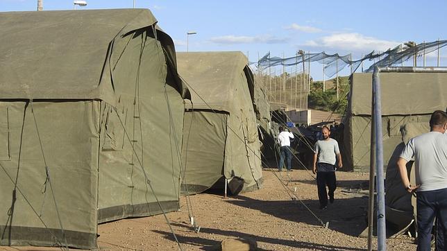 España exige a la UE que ayude a atajar los asaltos a la valla de Melilla