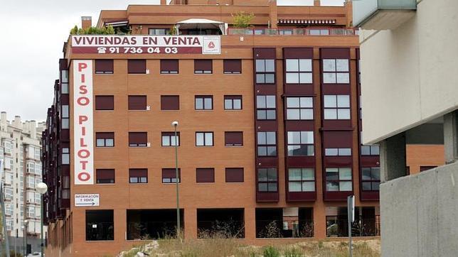 Las diez claves que debes saber si quieres comprar un piso en madrid a buen precio - Pisos en venta en sanchinarro ...