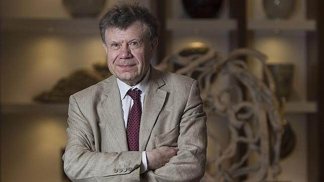 Roger Chartier, fotografiado poco después de la entrevista en un hotel de Madrid