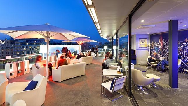 10 terrazas para disfrutar del verano en barcelona for Terrazas de hoteles en barcelona