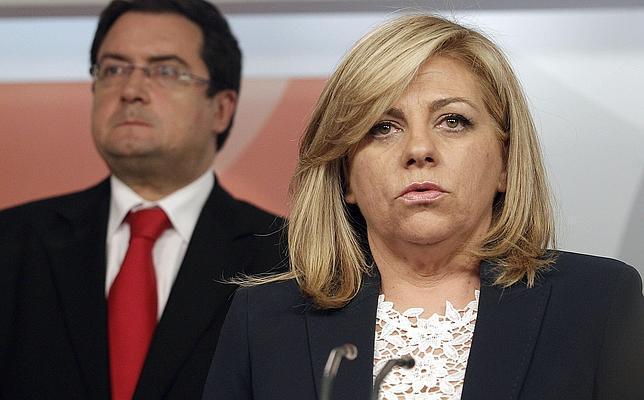 Elena Valenciano deja al PSOE hundido y a tres puntos de distancia del PP