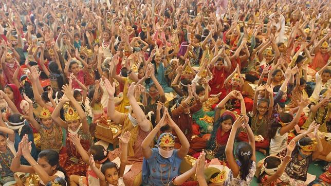 Seguidores de la secta de Maharaj