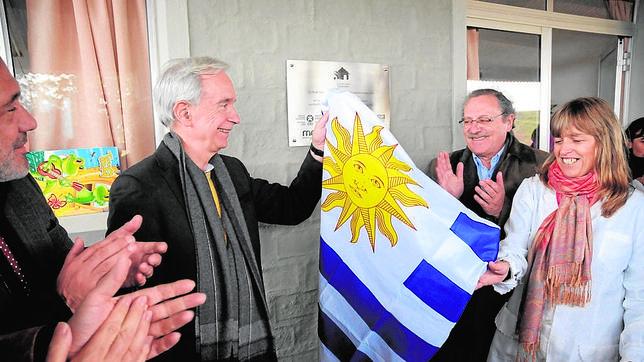 Un proyecto da luz eléctrica a todas las escuelas de Uruguay
