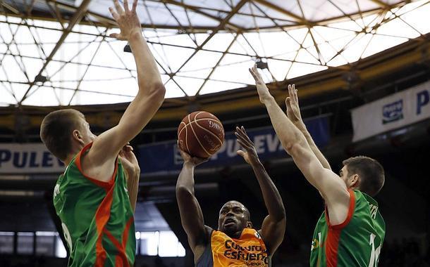 El Valencia Basket tira de oficio para llegar a las semifinales
