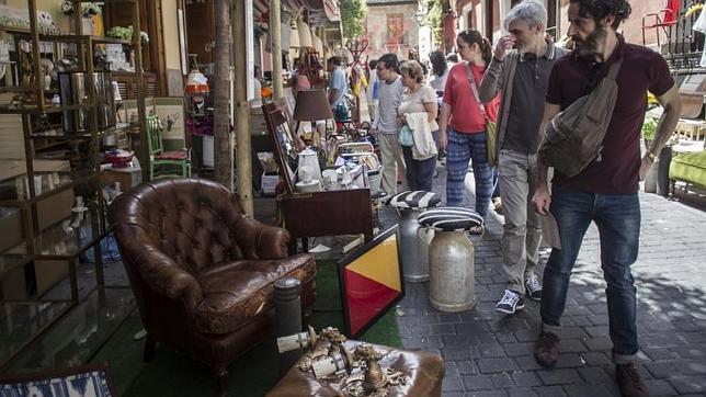 Los muebles salen a la calle en decoracci n 2014 - Muebles aragon madrid ...