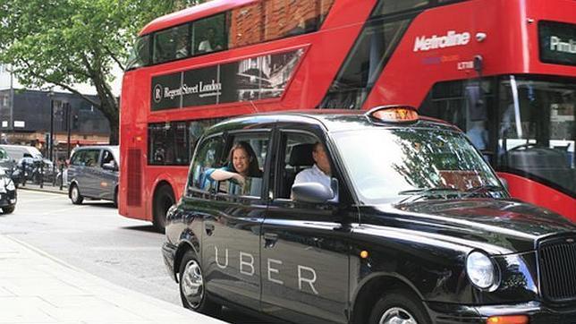 Uber lanza un nuevo servicio en medio de la huelga de taxis en Europa
