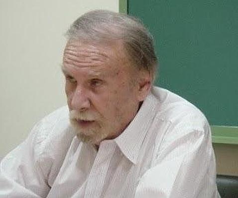 Muere el poeta cordobés Manuel Álvarez Ortega