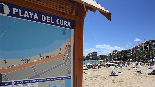 El mito del «Un, dos, tres»: un apartamento en Torrevieja frente a la playa por 240 euros