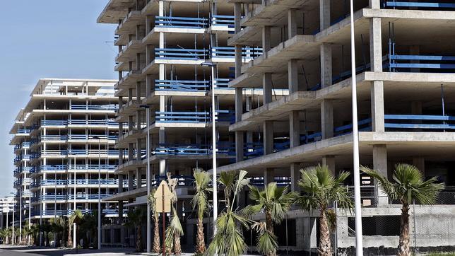 La construcción tocará fondo en España en 2014 y comienza a remontar en 2015