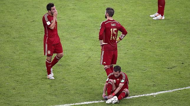 Chile destiñe a España y la echa del Mundial