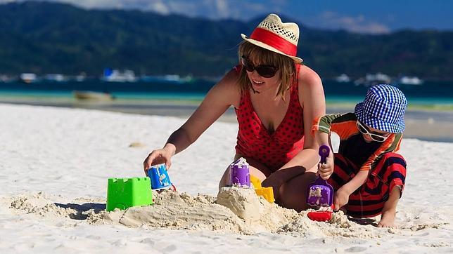 Diez Juegos Para Divertirse En La Playa Abc Es