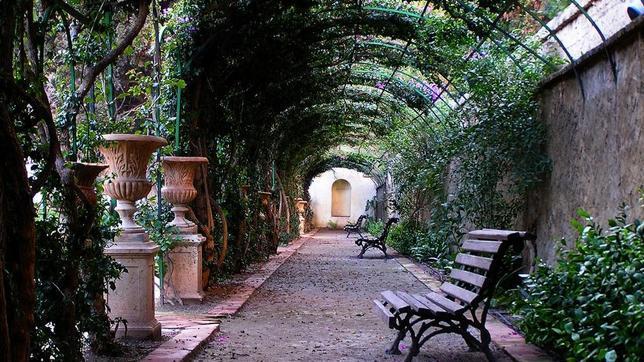 Uno de los rincones del Jardín de Monforte