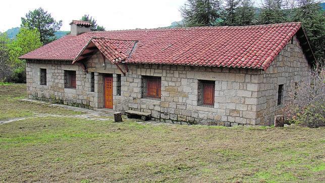 Casas sierra de madrid dise os arquitect nicos for Casas de alquiler en la sierra de madrid