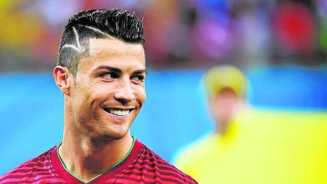 Copa Del Mundo 2014 - La madre de Erik desmiente que Cristiano ...
