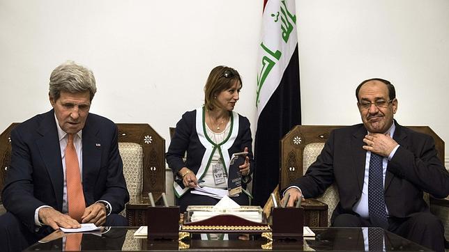 Kerry llega a Bagdad mientras el ISIS sigue avanzando en Irak