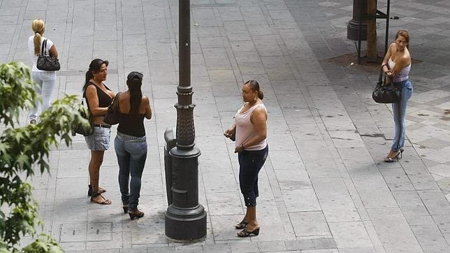 prostitución voluntaria milanuncios chicas prostitutas