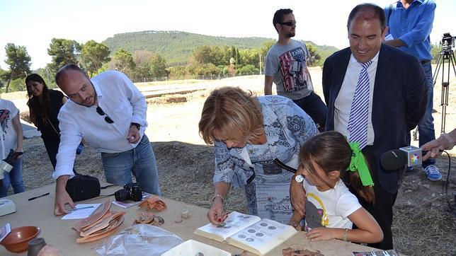 Cómo ser arqueólogo por un día en la ciudad romana de Complutum