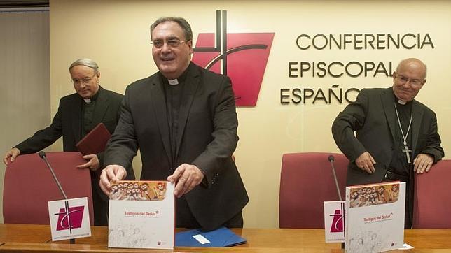 El nuevo catecismo oficial afirma que ser hombre o mujer «no se elige, es un don»