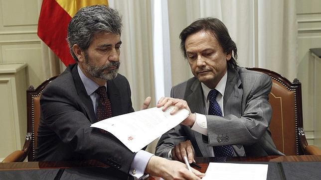 El presidente del CGPJ y del TS, Carlos Lesmes, durante la firma del convenio por la transparencia
