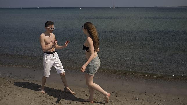 Lo primero para ligar en la playa