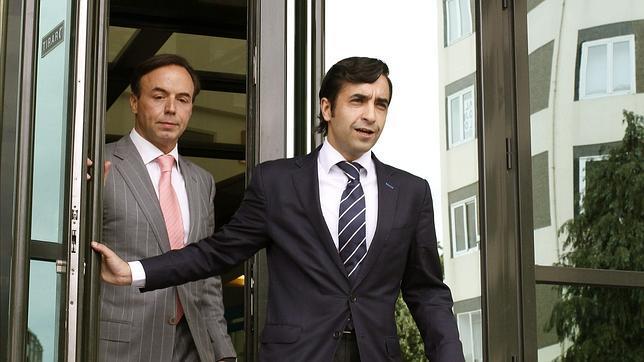El alcalde de Ferrol, José Manuel Rey Varela, sale de los juzgados