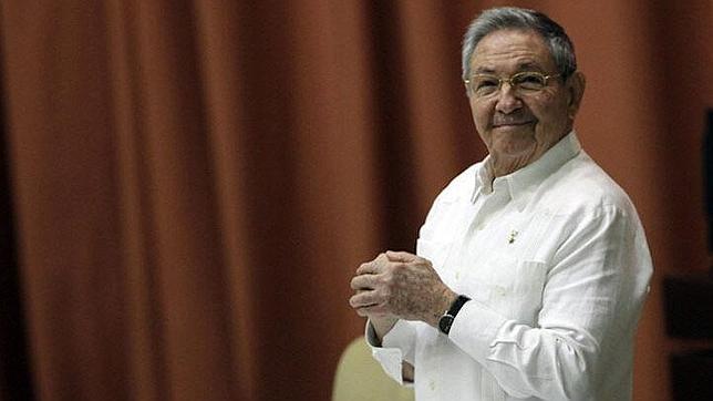 Raúl Castro insiste en que las reformas económicas se aplicarán a paso de tortuga