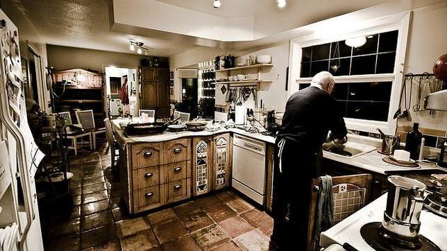 Más bacterias en la cocina que en el baño: cómo desinfectar paños y ...