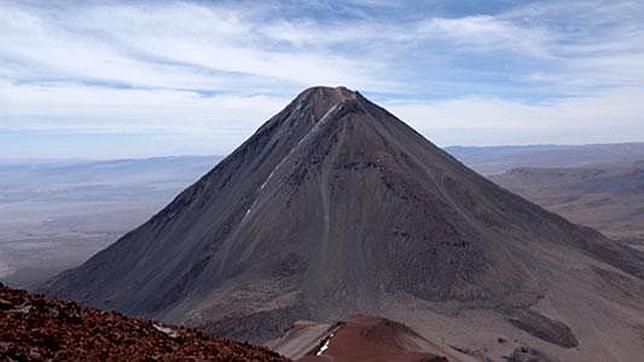 Lincancabur, en la frontera entre Bolivia y Chile