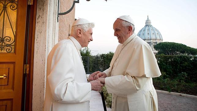 El Papa Francisco no verá la final del Mundial con Benedicto XVI
