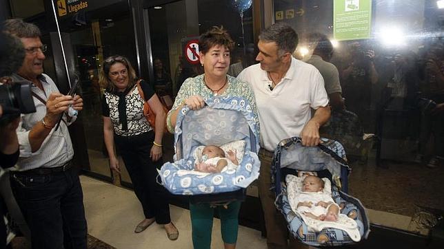 Más de 800 familias acuden al extranjero para contratar un vientre de alquiler