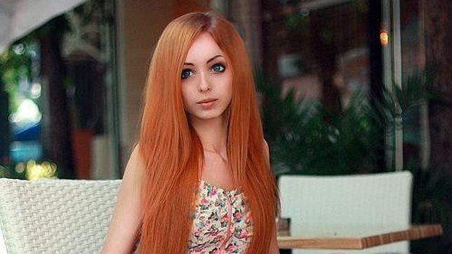 Guerra de «muñecas humanas»: Alina Kovalevskaya, rival de la Barbie original