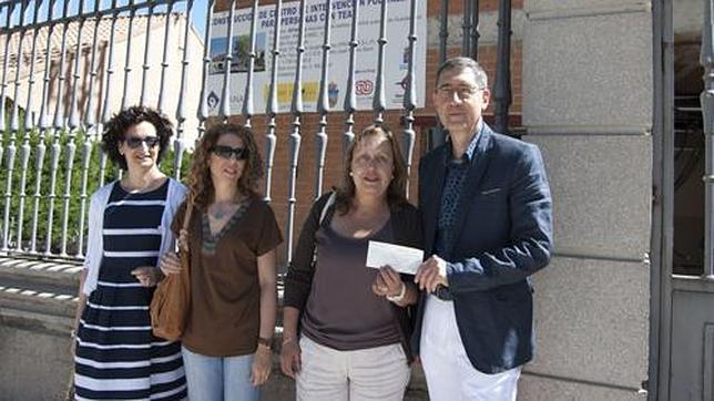 El Colegio de Enfermeros de Guadalajara dona el 0,7% de sus cuotas a Apanag