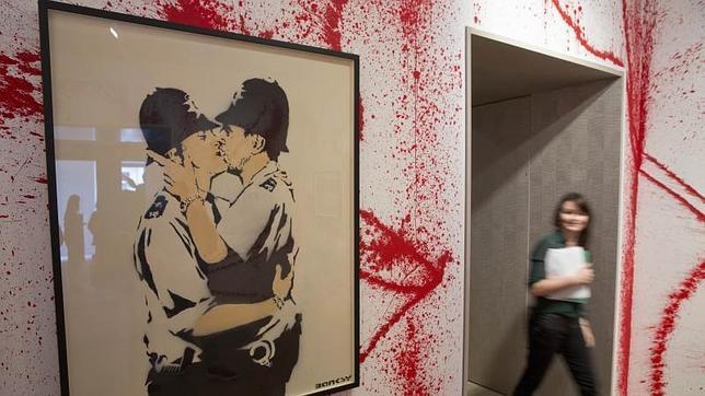 Una imagen de la muestra en torno al grafitero Banksy que acoge Sotheby's hasta el 25 de julio