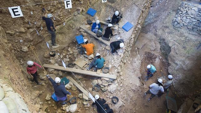 Excavaciones en el interior de Atapuerca